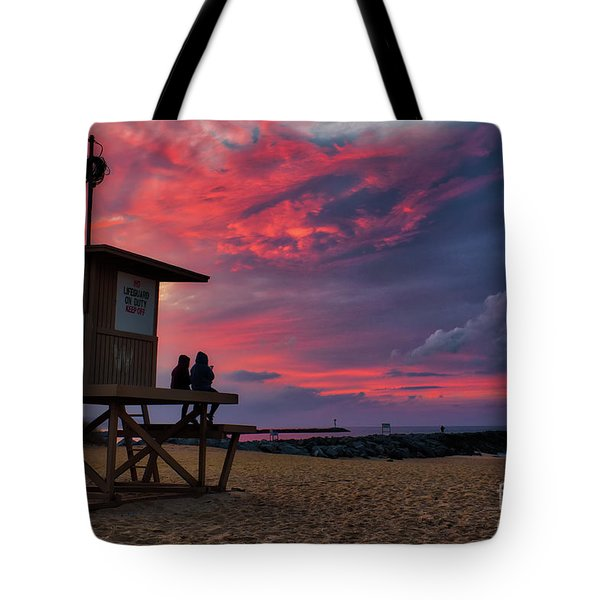 The Last Sunrise Of 2018 At The Wedge Tote Bag