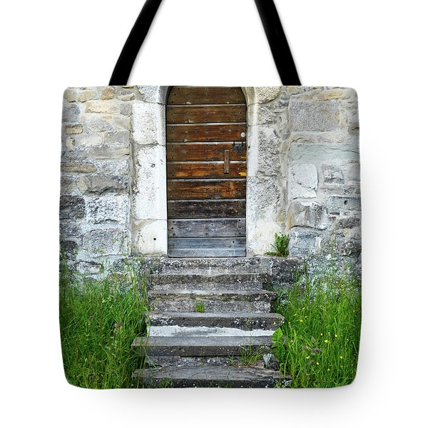 The Sneaky Tote Bag