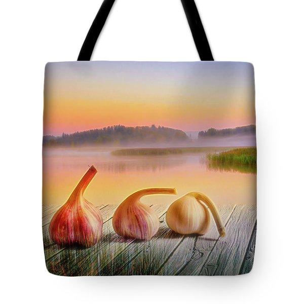 Three Carlic 2 Tote Bag