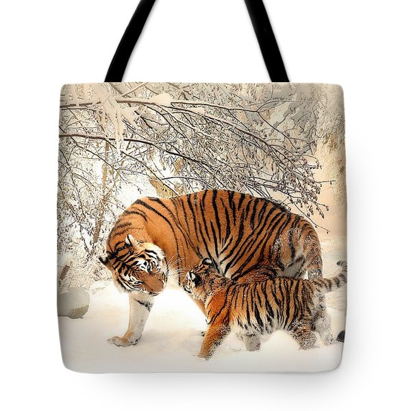 Tiger Family Tote Bag
