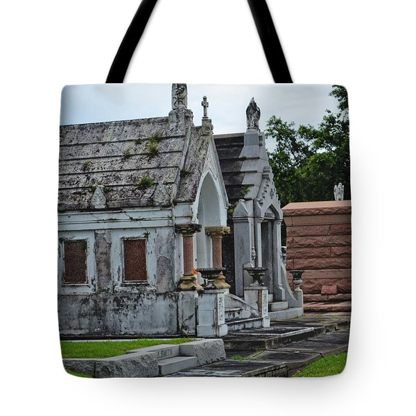 Tombs And Graves Tote Bag