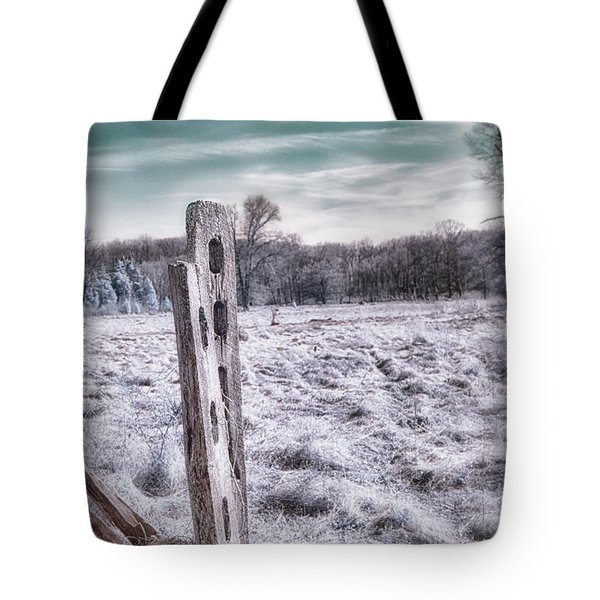 Two Posts Tote Bag