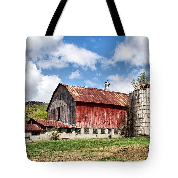 Tote Bag featuring the photograph Vermont Barn And Silo  by Betty Pauwels