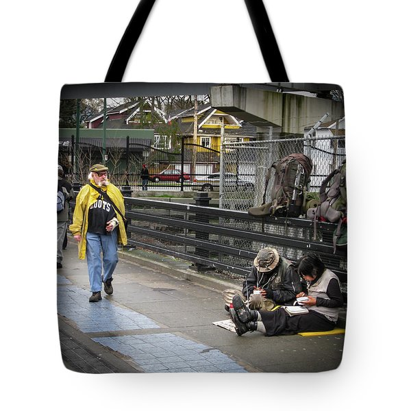 Walking-travellers Tote Bag
