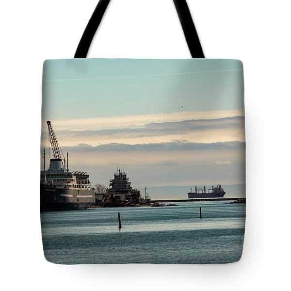 Welland Canal Ships Tote Bag