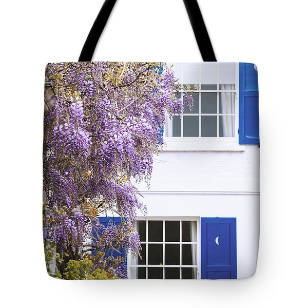 Archer Tote Bag