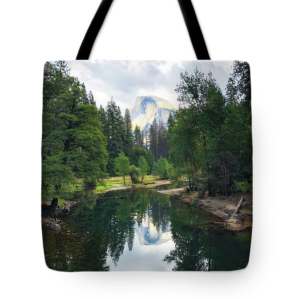 Yosemite Classical View Tote Bag