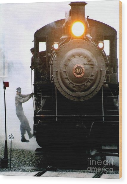 All Aboard The Number 40 At New Hope Pennsylvania Train Terminal Wood Print