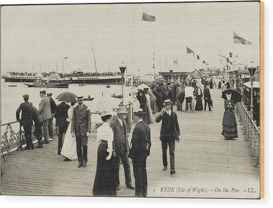 Isle Of Wight  Ryde, On The Pier Wood Print by Mary Evans Picture Library