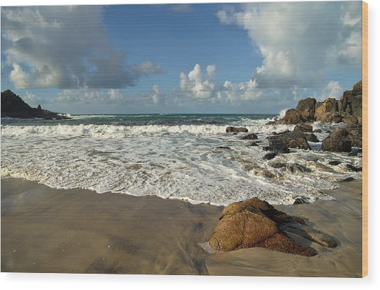 Porthmeor Cove In North Cornwall Wood Print