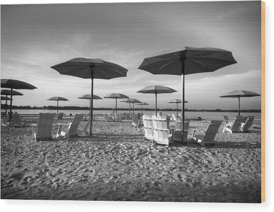 Umbrellas On The Beach Wood Print
