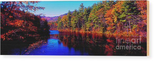 White Mountians National Park Red Eagle Pond New Hampshire Wood Print