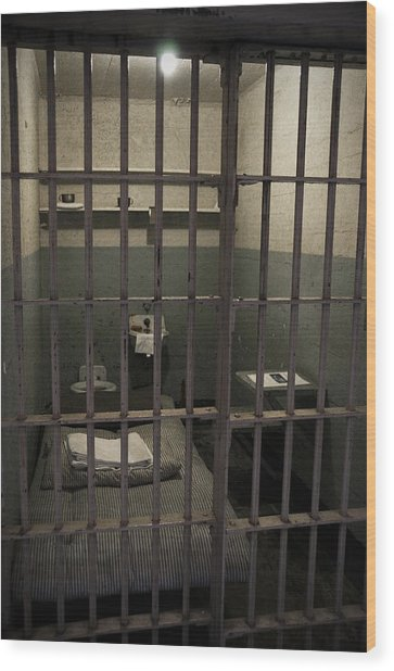 A Cell In Alcatraz Prison Wood Print