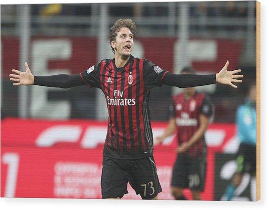 Ac Milan V Juventus Fc - Serie A Wood Print by NurPhoto