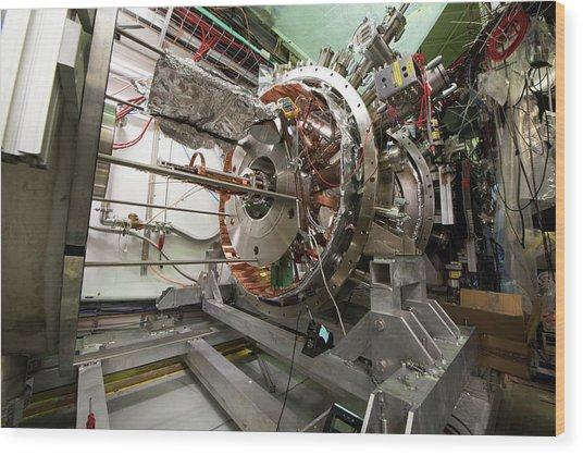 Aegis Experiment At Cern Wood Print by Cern/science Photo Library