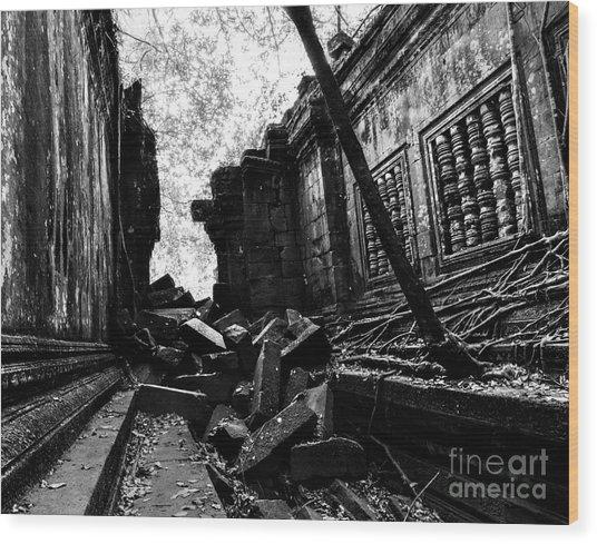 Beng Mealea Wood Print
