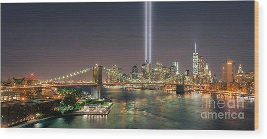 Brooklyn Bridge September 11 Wood Print