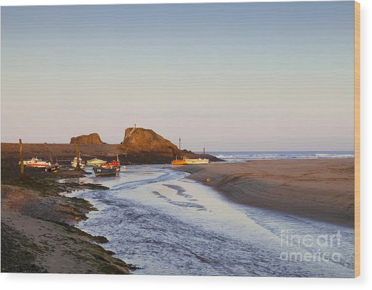 Bude Cornwall England Summerleaze Beach Wood Print by Colin and Linda McKie