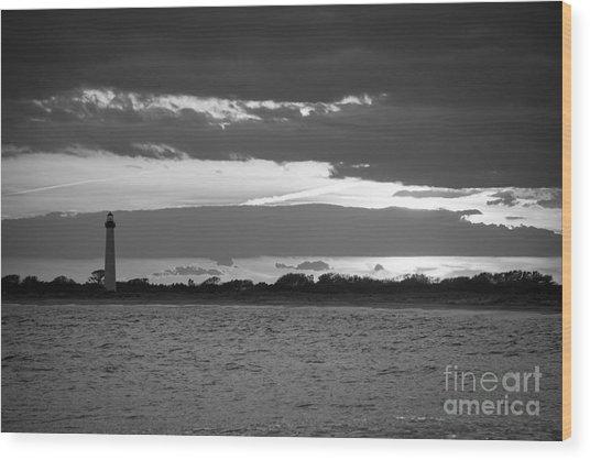 Cape May Lighthouse Sunset Bw Wood Print
