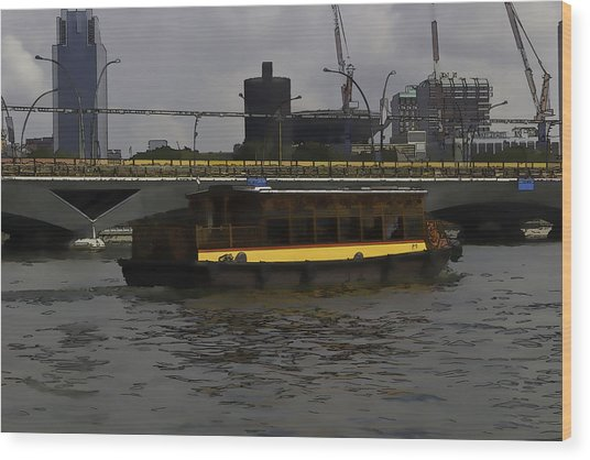 Cartoon - Colorful River Cruise Boat In Singapore Wood Print