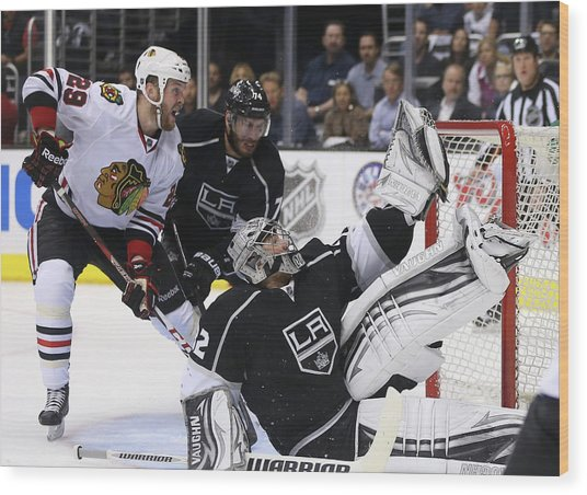 Chicago Blackhawks V Los Angeles Kings Wood Print by Jeff Gross