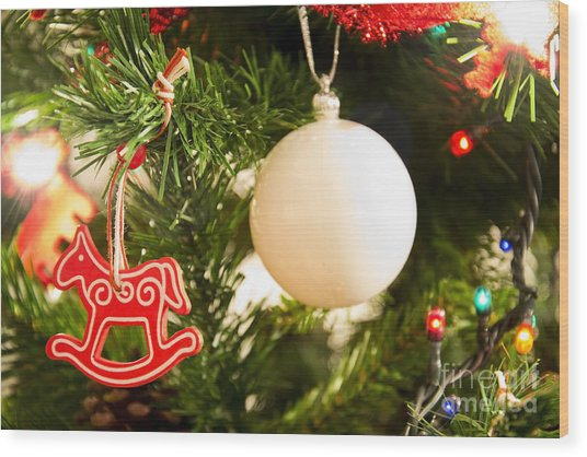 Christmas Tree Red Horse And White Ball Wood Print