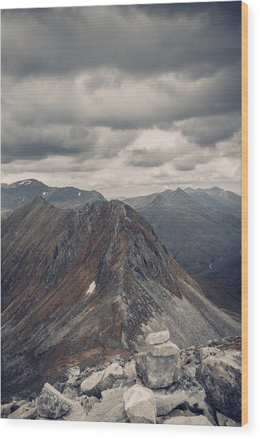 Dramatic Mountain Scenery In The Scottish Highlands Wood Print by Leander Nardin