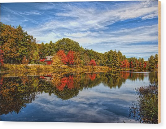 Fall In New England Wood Print by Bennie Thornton