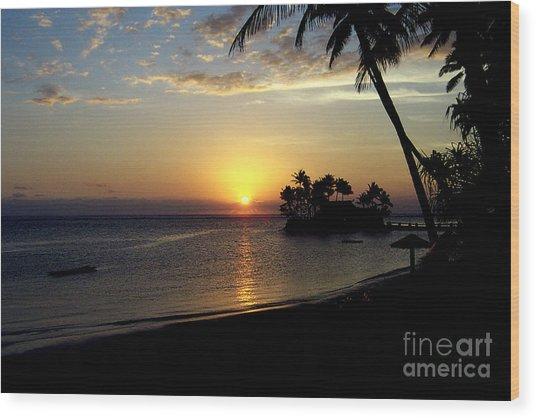 Fijian Sunset Wood Print