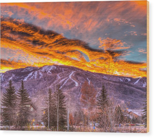 Fire On The Mountain  Wood Print