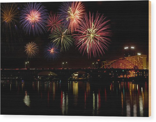 Fireworks Over The Broadway Bridge Wood Print
