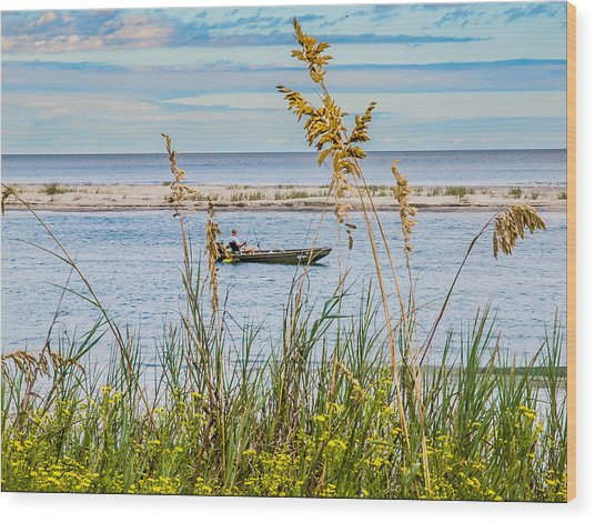 Fishing In Pawleys Island Inlet Wood Print