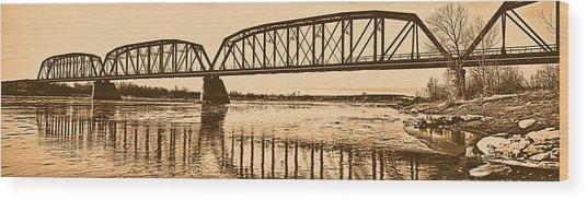 Historical Kinsey Bridge Wood Print by Leland D Howard