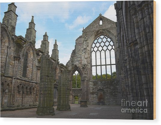 Holyrood Abbey Ruins Wood Print