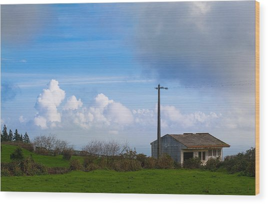 House At End Of The World Wood Print
