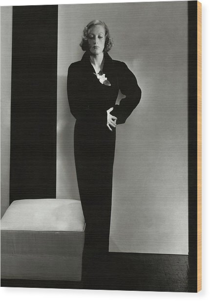 Joan Crawford Wearing A Schiaparelli Dress Wood Print by Edward Steichen