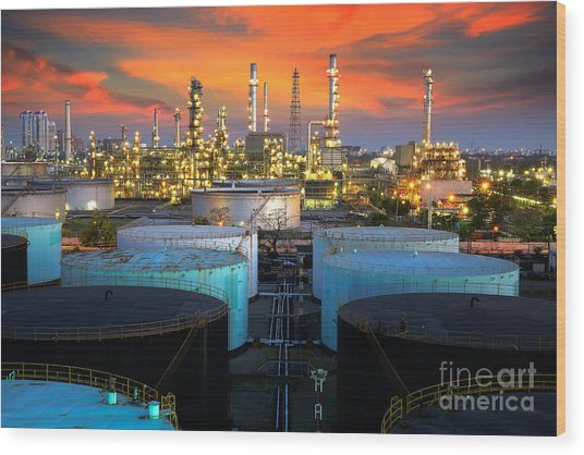 Landscape Of Oil Refinery Industry  Wood Print