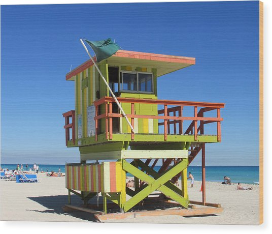 Lifeguard Stand Wood Print by Rosie Brown