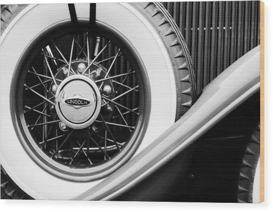 Lincoln Spare Tire Emblem Wood Print