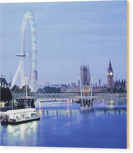 London Eye Wood Print by Mark Thomas/science Photo Library