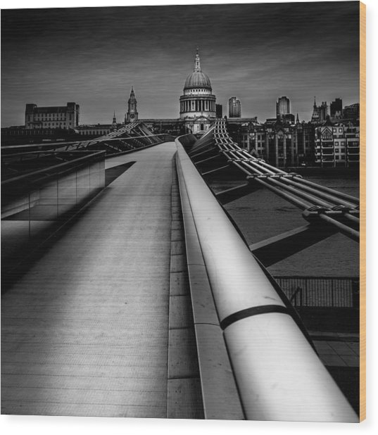 London St.paul's Cathedral Wood Print by S J Bryant