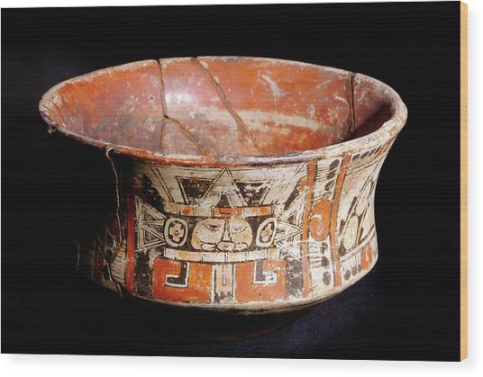 Mayan Vase Wood Print by Pasquale Sorrentino/science Photo Library