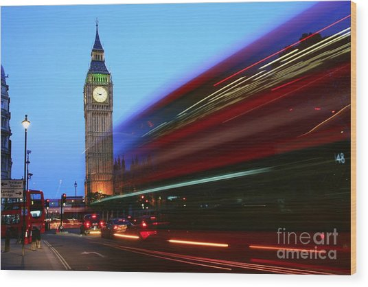 Wood Print featuring the photograph Must Be London by Jeremy Hayden