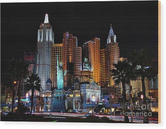 New York New York Hotel And Casino Wood Print by Eddie Yerkish