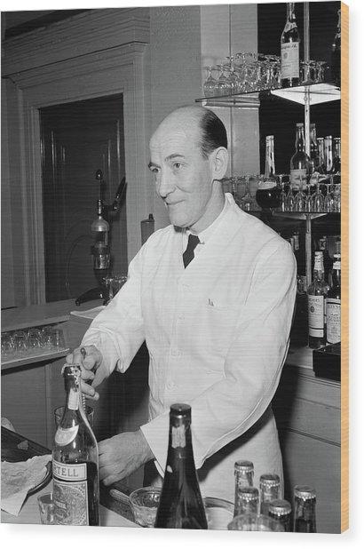 Nyc Charlie's Tavern, C1947 Wood Print by Granger