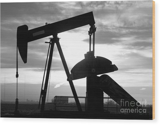 Oil Well Pump Jack Black And White Wood Print