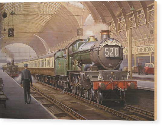 Paddington Arrival. Wood Print