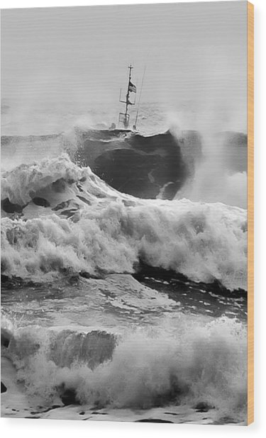 Rough Sea Training Wood Print