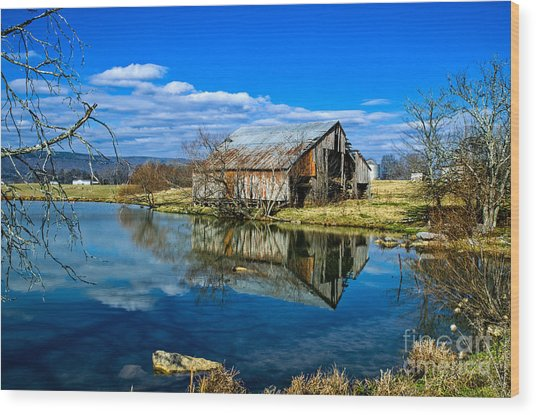 Sequatchie Valley Barn Wood Print