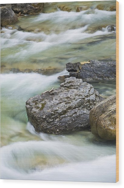 Silk And Stone Johnston Canyon Wood Print by Richard Berry